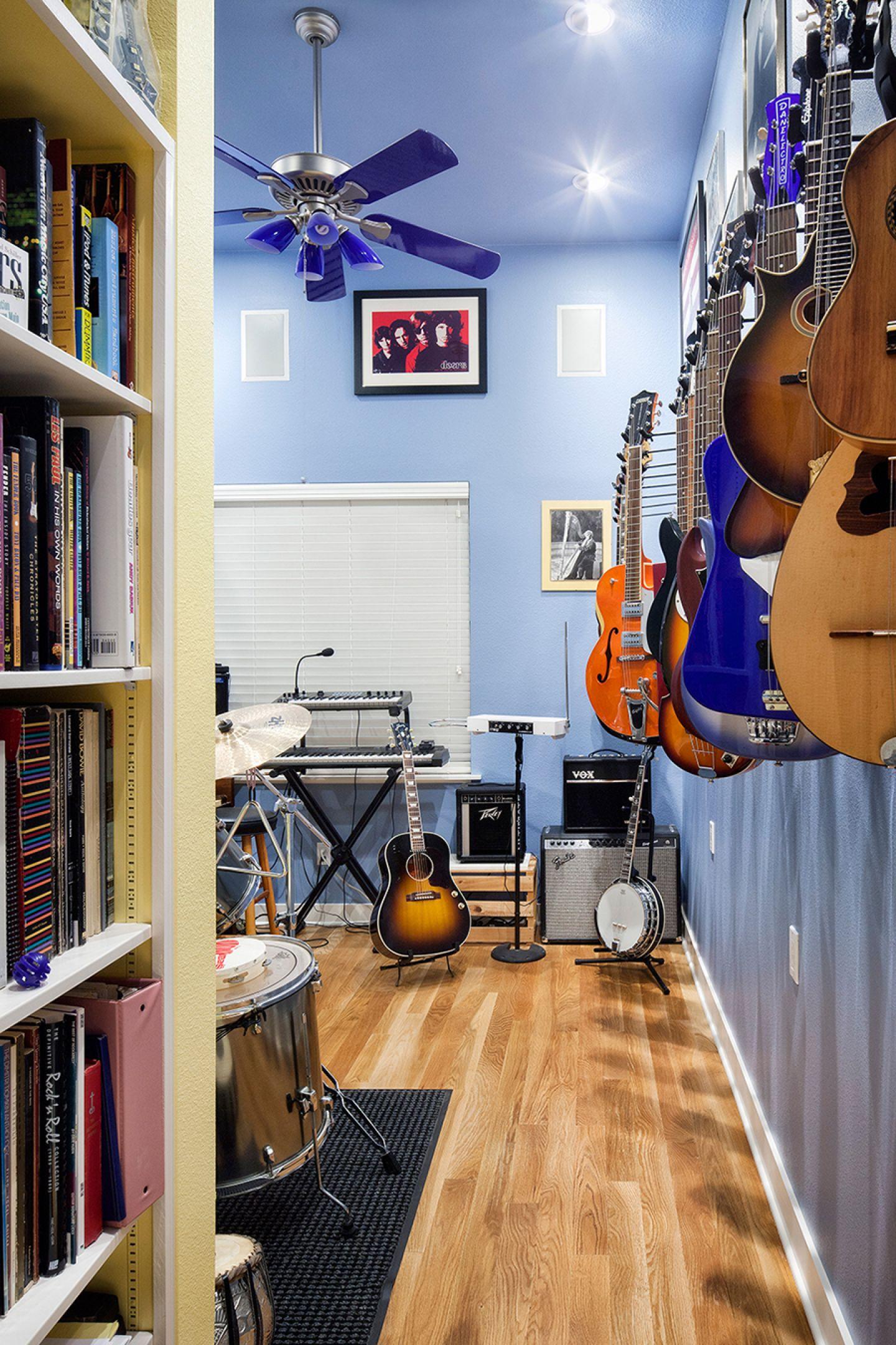 guitars-web