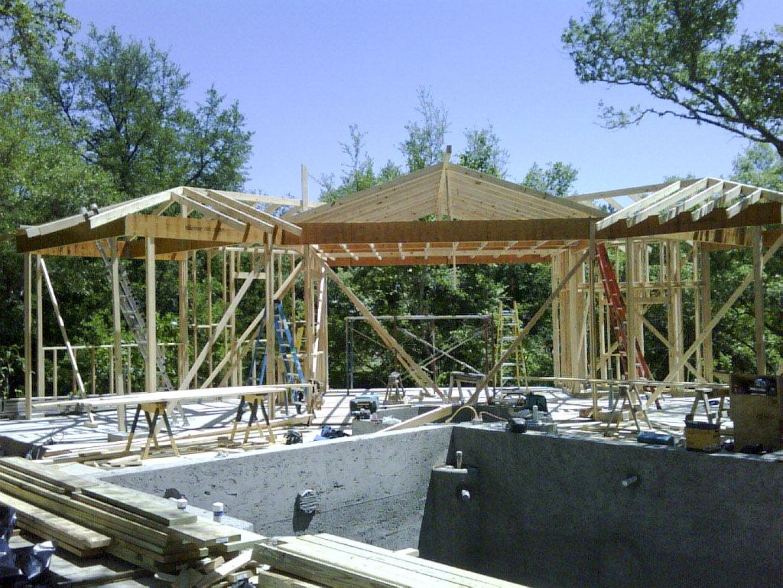 pool-house-framing
